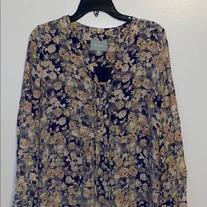 Skies Are Blue   Tunic Floral Top